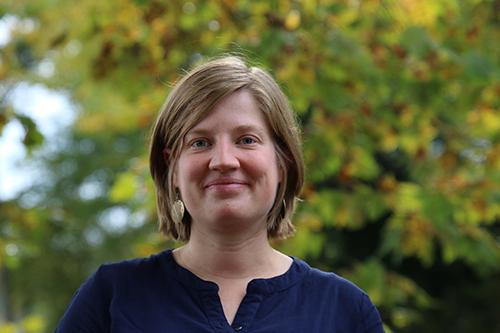 Dr. Annelies Capiau