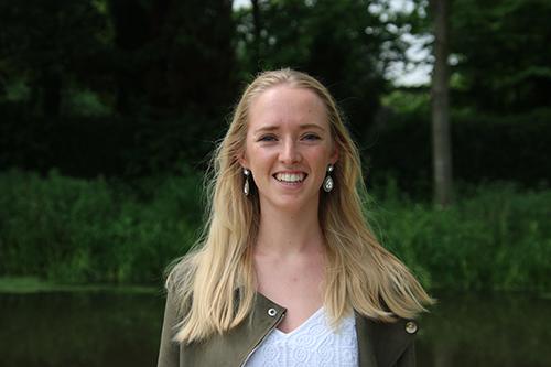 Dr. Céline Pauwelyn